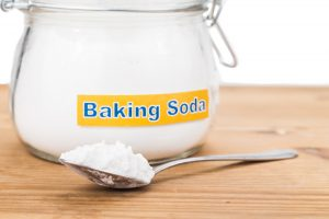 How To Clean a Litter Box with Baking Soda